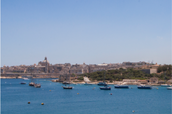 sliema-hotel-family-seaview-room-4-md