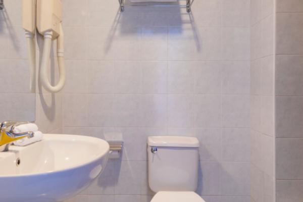sliema-hotel-standard-room-5-md