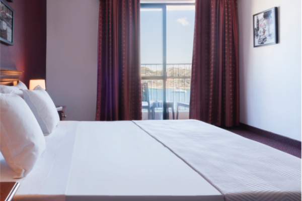 sliema-hotel-standard-seaview-room-2-md